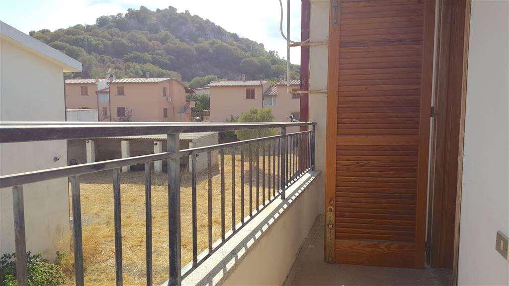 Appartamento in vendita a Posada, 3 locali, prezzo € 110.000 | CambioCasa.it