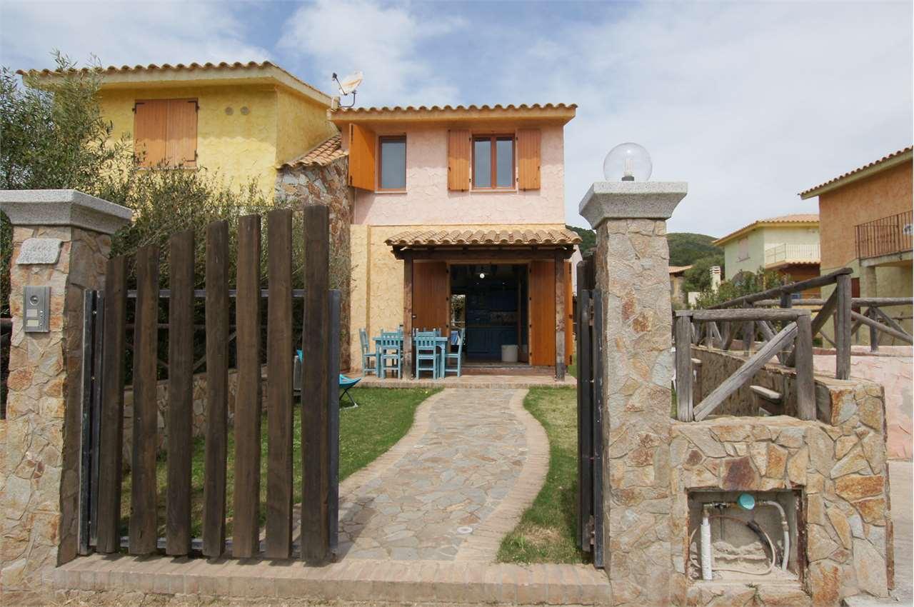 Villa in vendita a Domus De Maria, 4 locali, prezzo € 350.000 | Cambio Casa.it