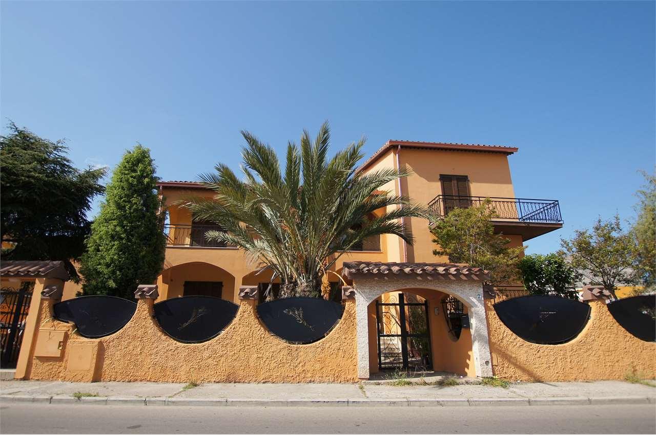 Villa in vendita a Pula, 12 locali, Trattative riservate | Cambio Casa.it