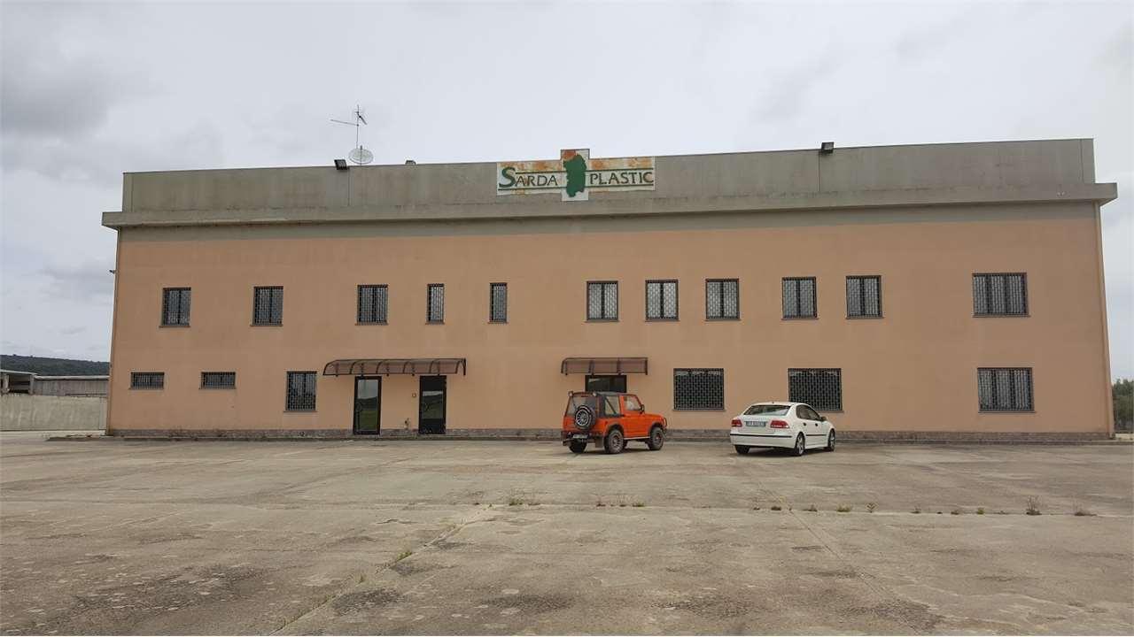 Capannone in vendita a Isili, 9999 locali, prezzo € 1.200.000 | CambioCasa.it