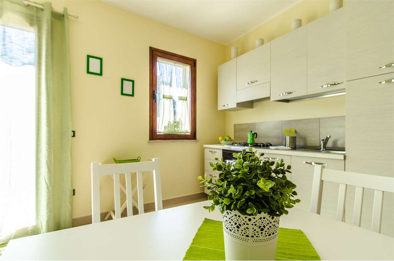 Appartamento in affitto a Teulada, 2 locali, Trattative riservate | CambioCasa.it