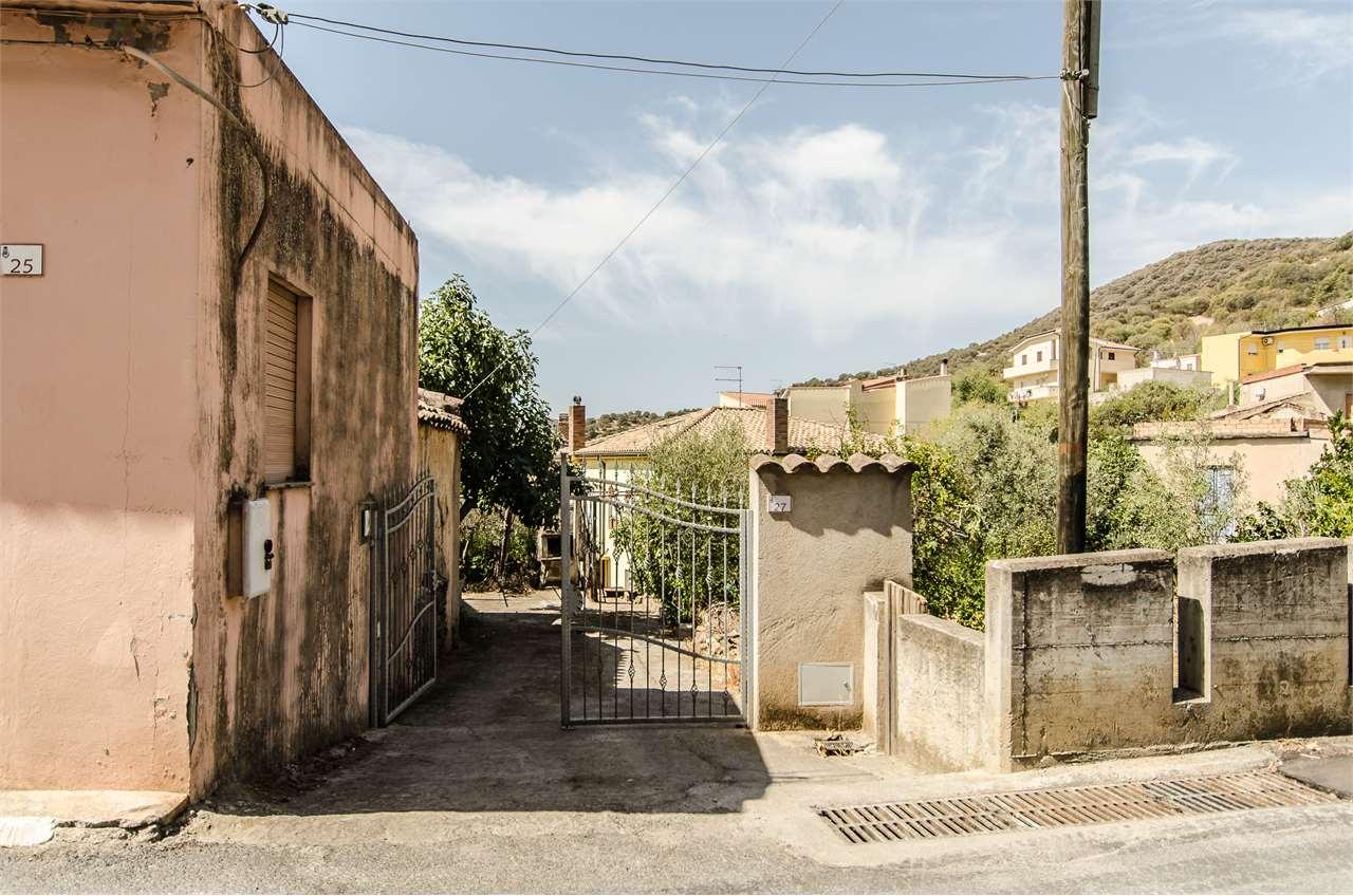 Appartamento in vendita a Teulada, 4 locali, prezzo € 110.000   CambioCasa.it
