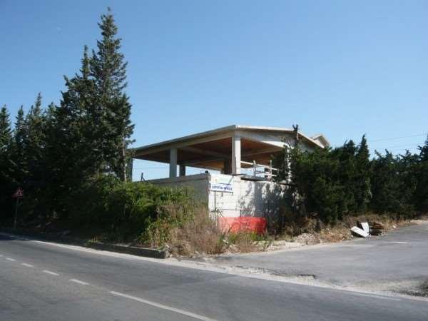 Negozio / Locale in vendita a Buseto Palizzolo, 9999 locali, zona Zona: Badia, prezzo € 300.000 | CambioCasa.it