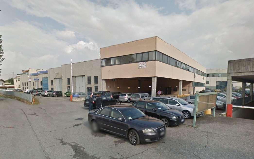 Ufficio / Studio in affitto a Erbusco, 9999 locali, prezzo € 600 | CambioCasa.it