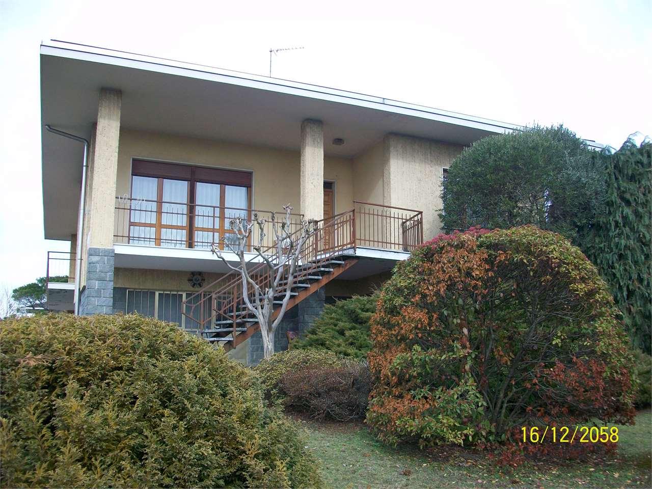 Villa in Vendita a Gattico