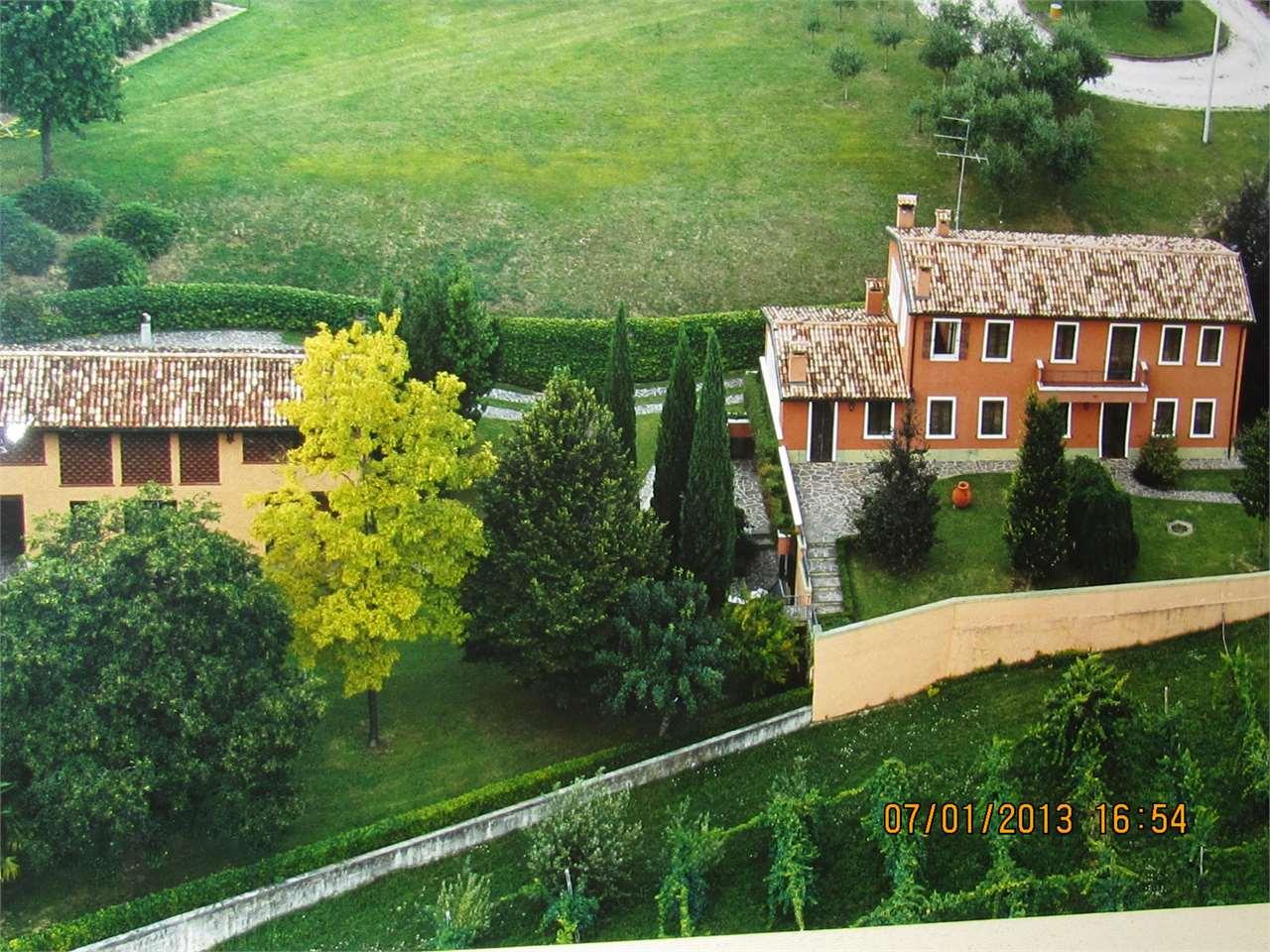 Villa in vendita a San Fior, 12 locali, zona Località: Castello Roganzuolo, Trattative riservate | CambioCasa.it