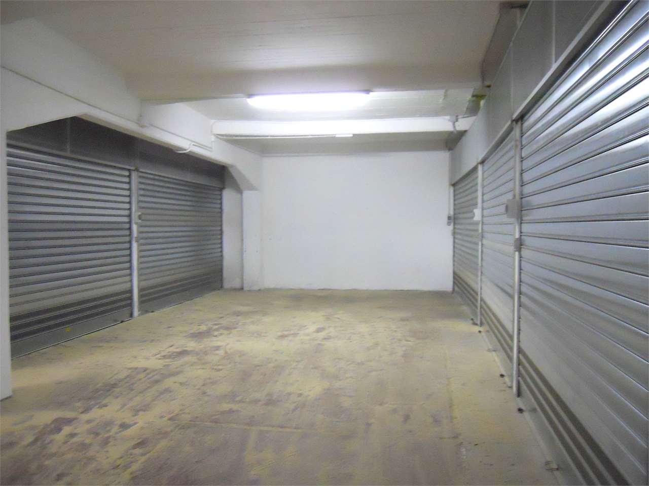 Box / Garage in Vendita a Asti