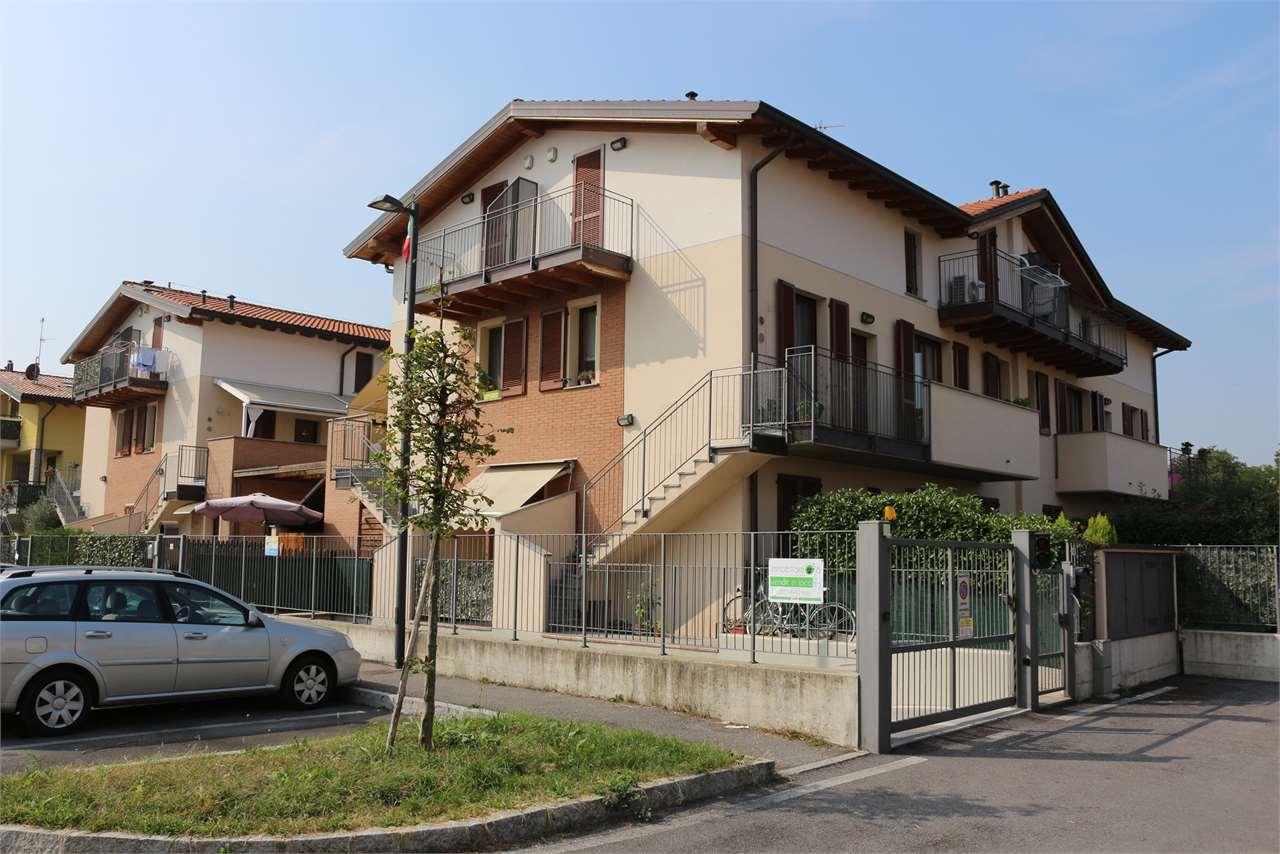Appartamento in vendita a Osio Sotto, 3 locali, prezzo € 189.000 | CambioCasa.it