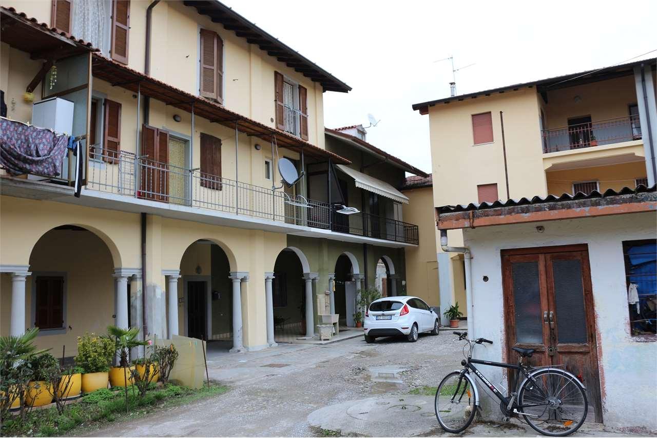 Appartamento in vendita a Bonate Sotto, 2 locali, prezzo € 49.000 | CambioCasa.it