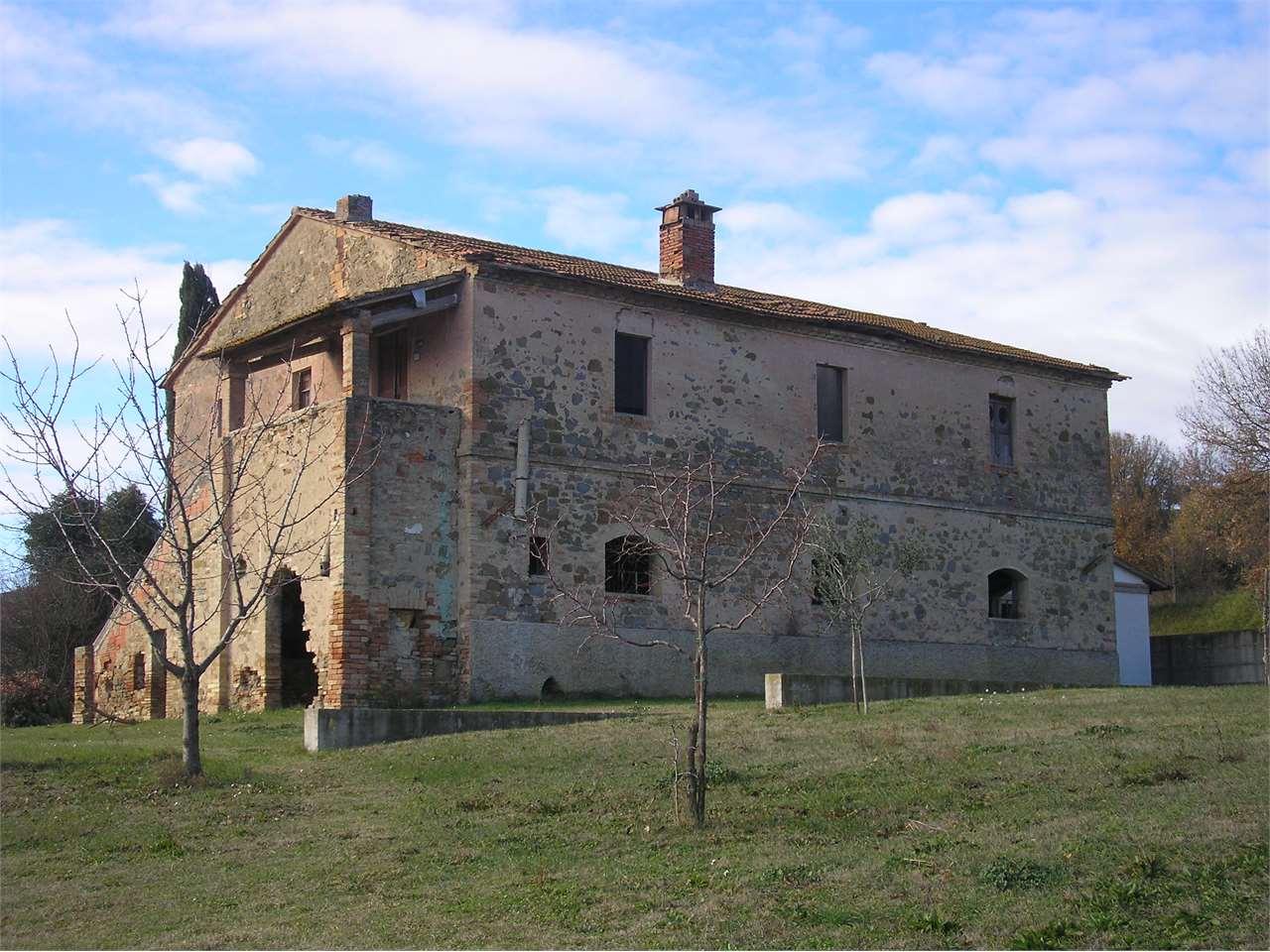Rustico / Casale in Vendita a Torgiano