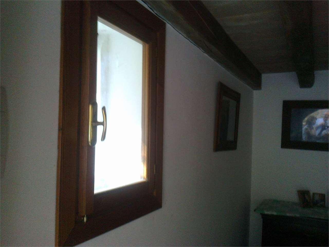 Appartamento in vendita a Bettona, 4 locali, prezzo € 98.000 | CambioCasa.it