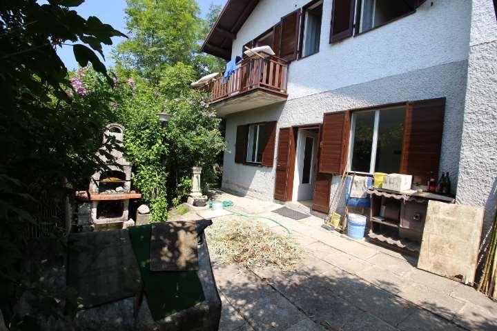 Villa in Vendita a Sant'Omobono Terme