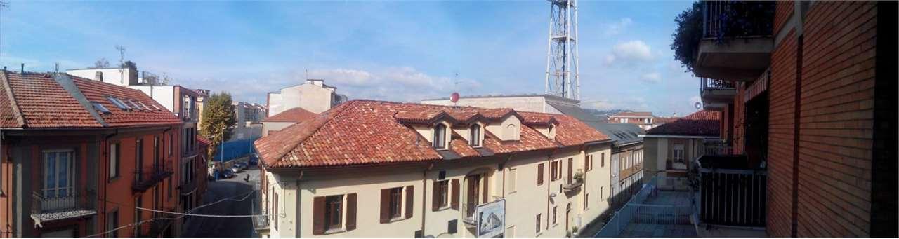 Appartamento in vendita a Alba, 9999 locali, zona Località: centro storico, prezzo € 325.000 | CambioCasa.it