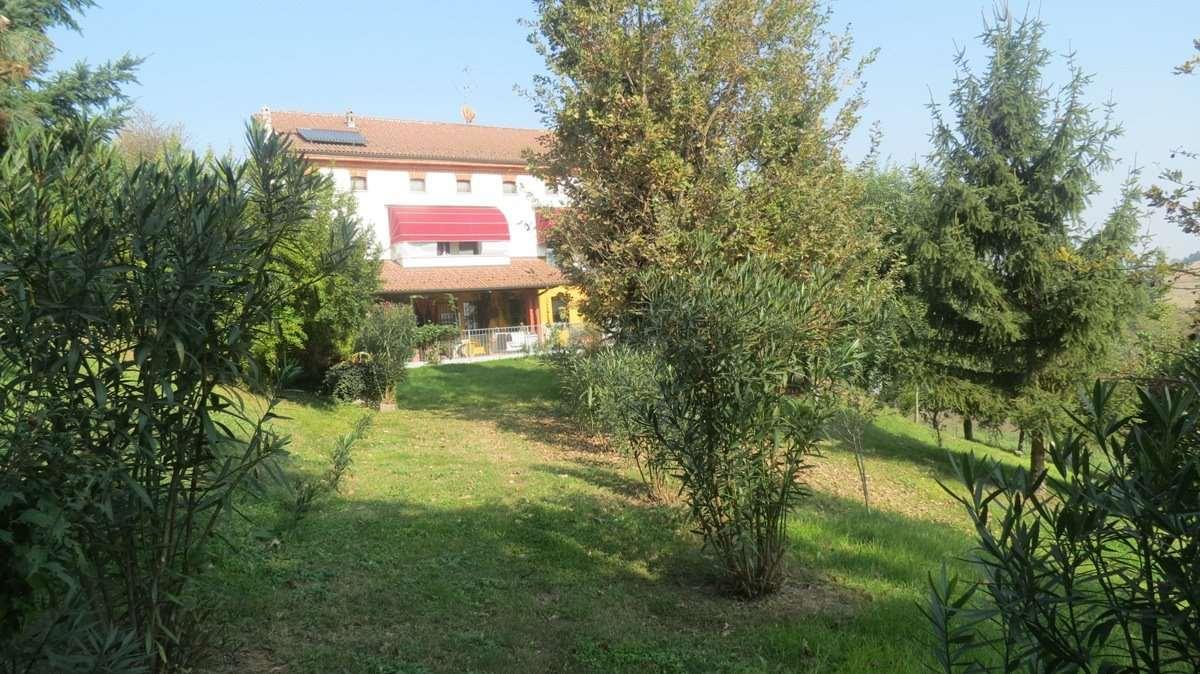 Soluzione Indipendente in vendita a San Salvatore Monferrato, 8 locali, prezzo € 370.000 | Cambio Casa.it