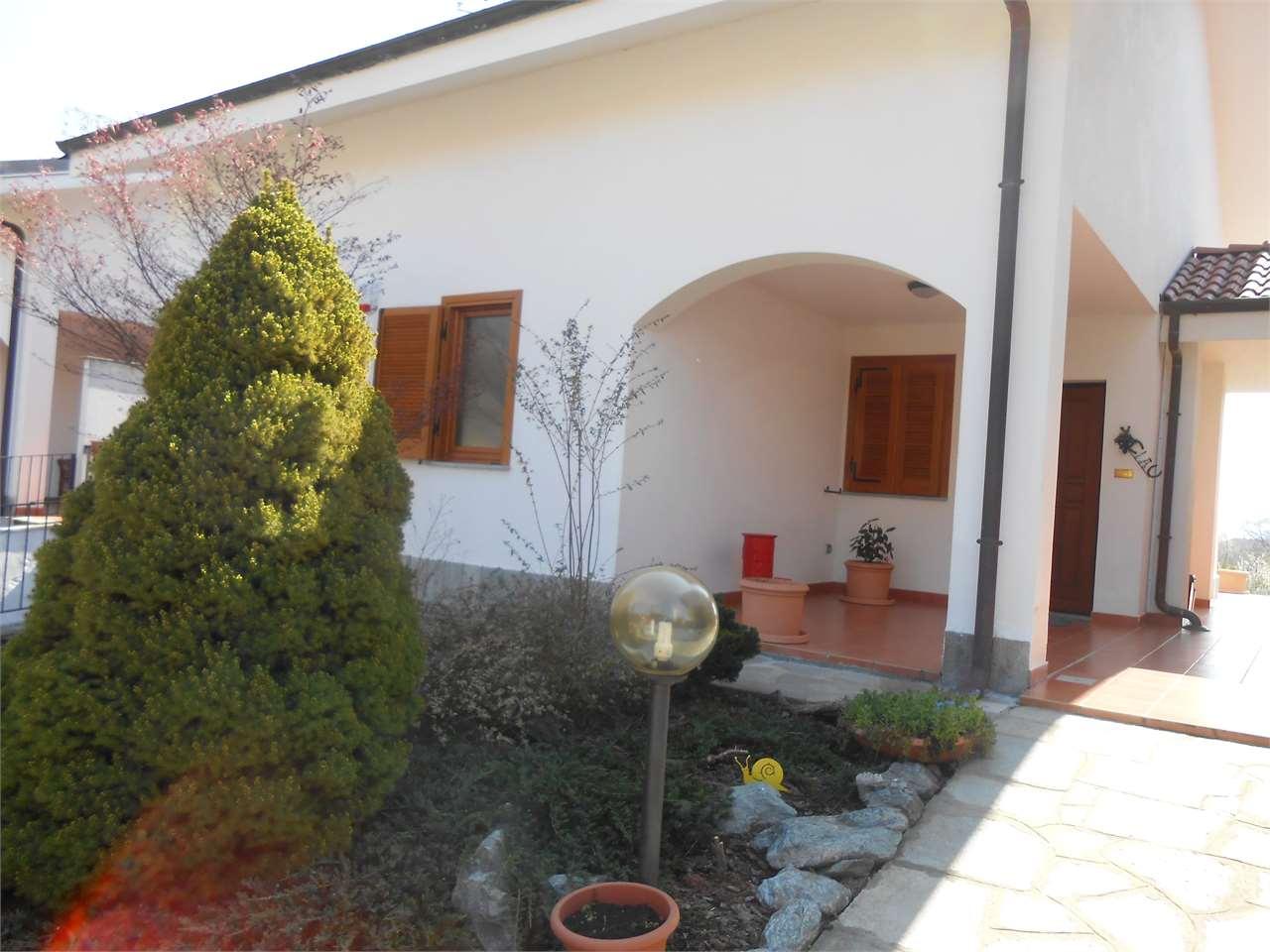 Appartamento in vendita a Giaveno, 5 locali, prezzo € 370.000   Cambio Casa.it