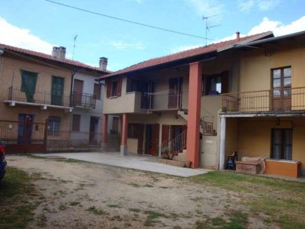 Soluzione Indipendente in vendita a Villarbasse, 4 locali, zona Zona: Corbiglia, prezzo € 179.000 | Cambio Casa.it