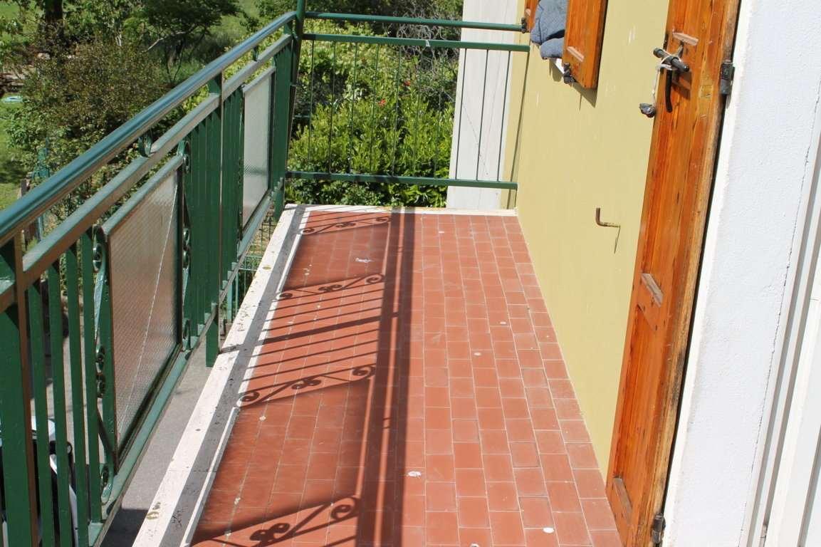 Appartamento in vendita a Neviano degli Arduini, 9999 locali, zona Località: Neviano degli Arduini, prezzo € 50.000 | Cambio Casa.it