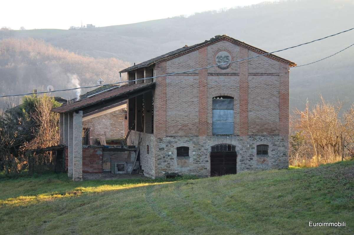 Rustico / Casale in vendita a Lesignano de' Bagni, 9999 locali, zona Zona: Mulazzano, prezzo € 100.000 | Cambio Casa.it