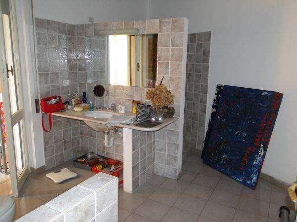 Appartamento in vendita a Bergeggi, 7 locali, Trattative riservate | Cambio Casa.it