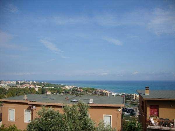 Albenga Vendita Porzione Villa Immagine 3