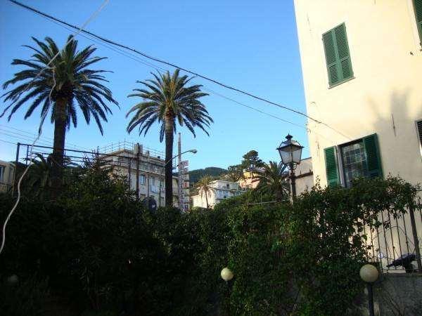 Negozio / Locale in vendita a Laigueglia, 5 locali, prezzo € 550.000 | CambioCasa.it