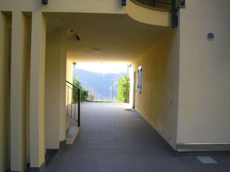 Vezzi Portio Vendita Porzione Villa Immagine 1