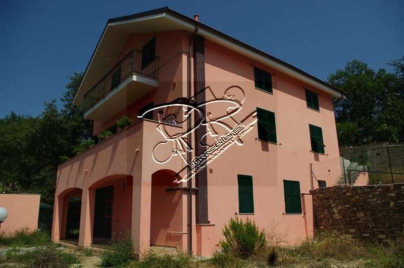 Appartamento in vendita a Testico, 4 locali, zona Zona: Pezzuolo, prezzo € 225.000 | Cambio Casa.it