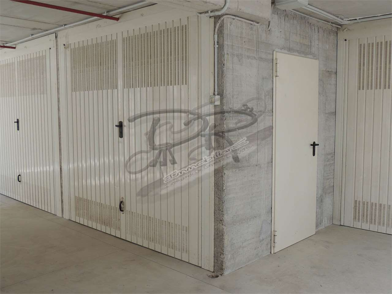 Finale Ligure Vendita Garage Immagine 0