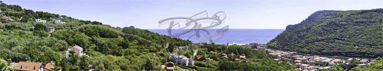 Appartamento in vendita a Finale Ligure, 2 locali, zona Località: Monticello, prezzo € 370.000 | CambioCasa.it