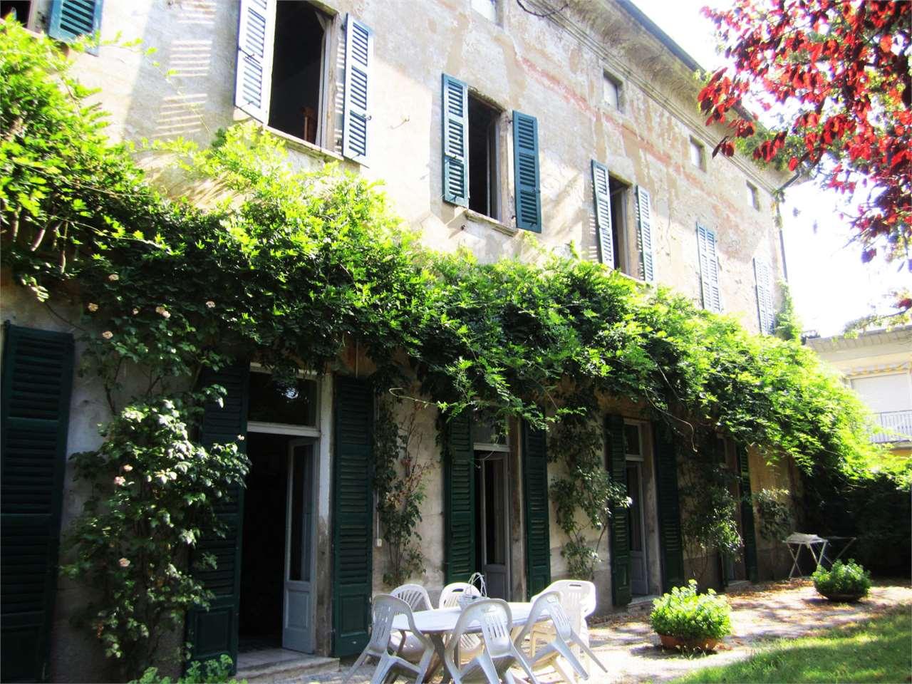 Villa in vendita a Crema, 14 locali, zona Zona: Ombriano, prezzo € 650.000 | Cambio Casa.it