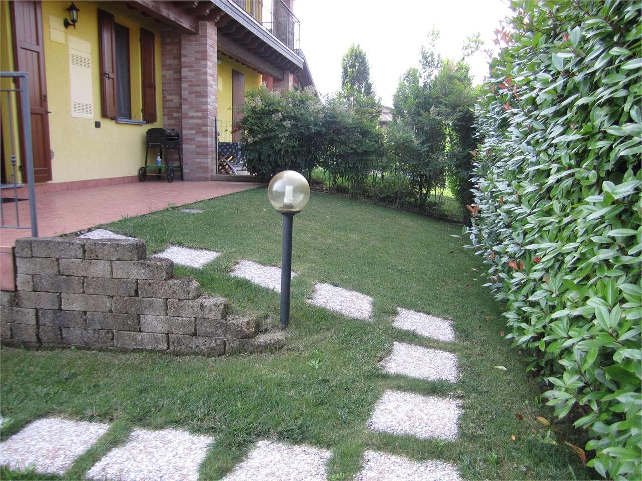 Villa in vendita a Ripalta Cremasca, 4 locali, prezzo € 285.000 | Cambio Casa.it