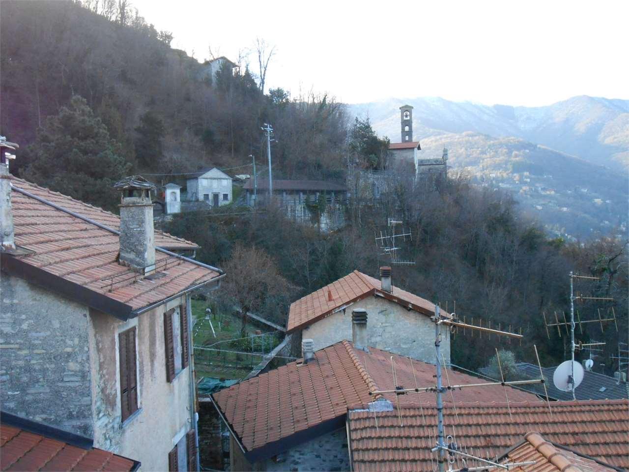 Appartamento in vendita a Pognana Lario, 7 locali, prezzo € 49.000 | Cambio Casa.it