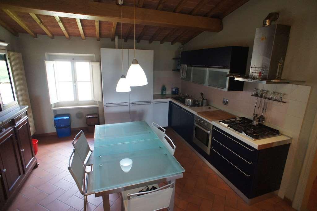 Appartamento in affitto a Montecarlo, 4 locali, zona Zona: San Salvatore, prezzo € 550 | Cambio Casa.it