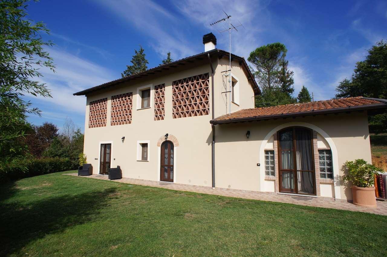 Rustico / Casale in vendita a Fucecchio, 5 locali, zona Zona: Massarella, prezzo € 465.000 | CambioCasa.it