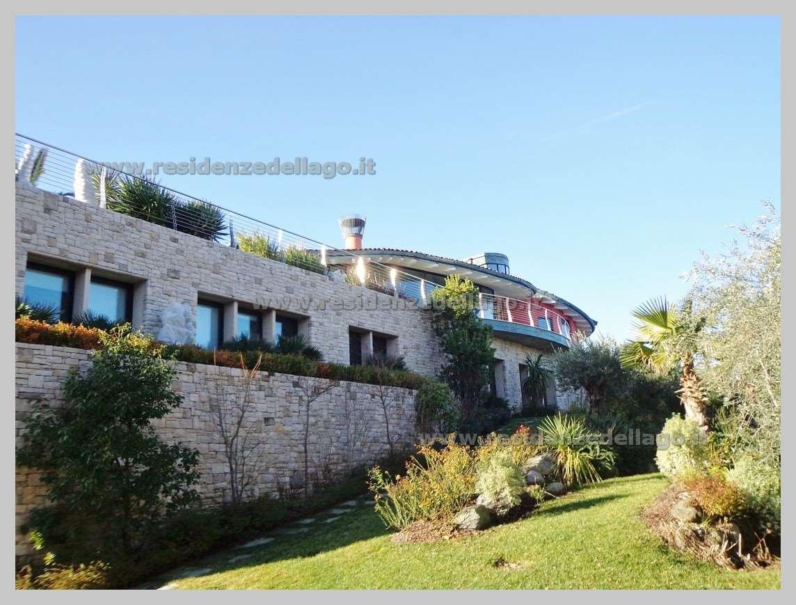Villa in vendita a Manerba del Garda, 10 locali, Trattative riservate | Cambio Casa.it