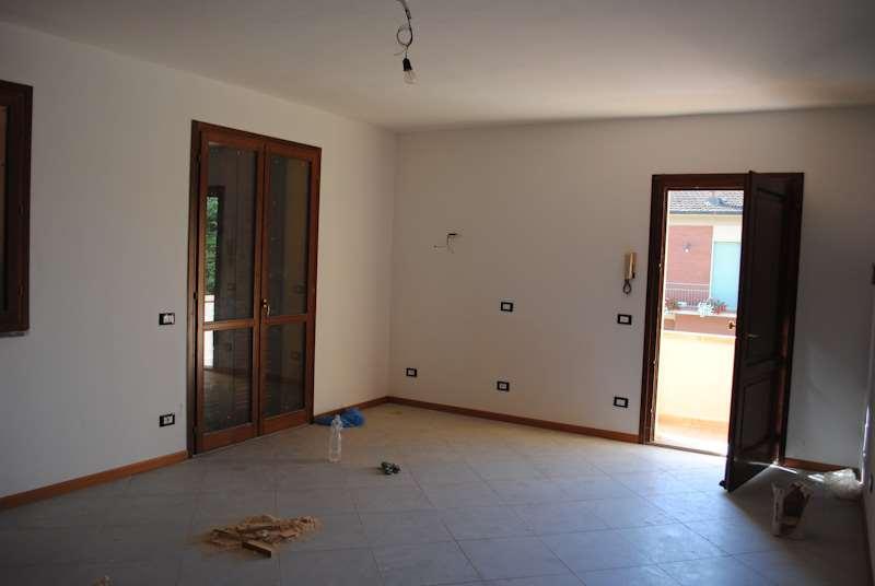 Appartamento in vendita a Palaia, 4 locali, zona Zona: Forcoli, prezzo € 175.000 | Cambio Casa.it
