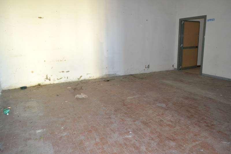 Laboratorio in vendita a Terricciola, 4 locali, zona Zona: Selvatelle, prezzo € 90.000 | Cambio Casa.it