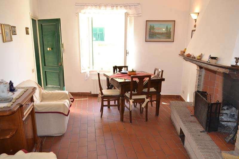 Appartamento in vendita a Santa Luce, 7 locali, zona Zona: Pastina, prezzo € 130.000 | CambioCasa.it