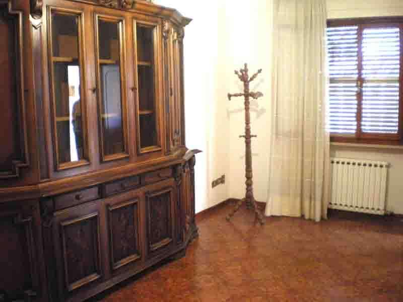 Appartamento in affitto a Terricciola, 4 locali, zona Località: Terricciola, prezzo € 450 | CambioCasa.it