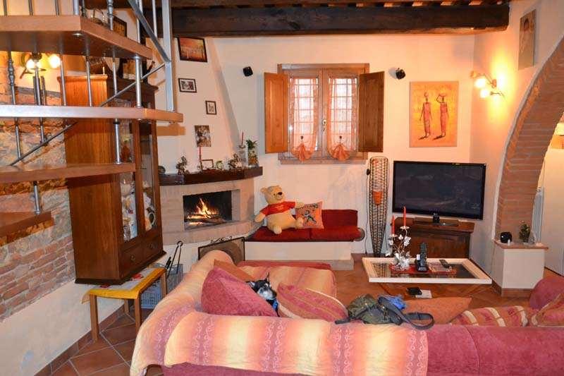 Appartamento in vendita a Terricciola, 4 locali, zona Zona: Soianella, prezzo € 130.000 | Cambio Casa.it