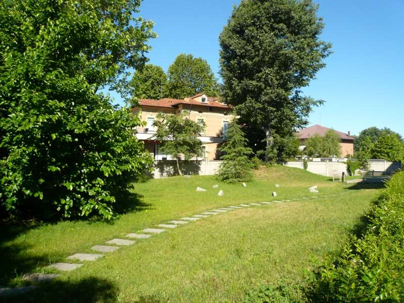 Bilocale Abbiategrasso Via Novara 2
