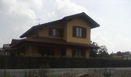 Villa in Vendita a Veruno