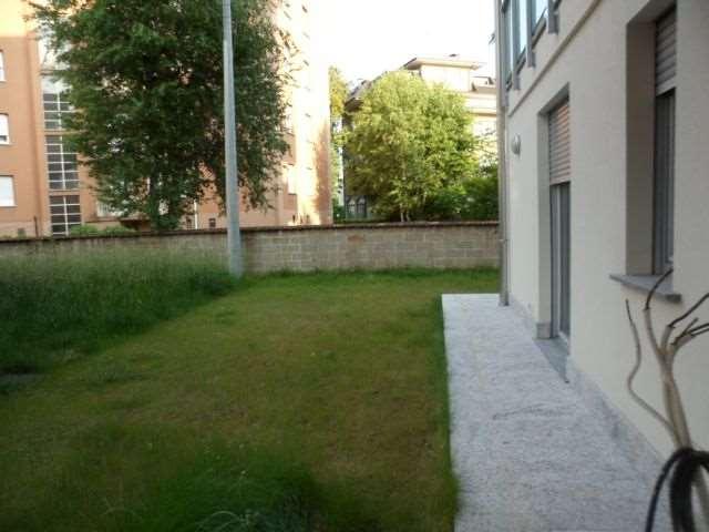 Appartamento in vendita a Como, 3 locali, prezzo € 300.000 | Cambio Casa.it