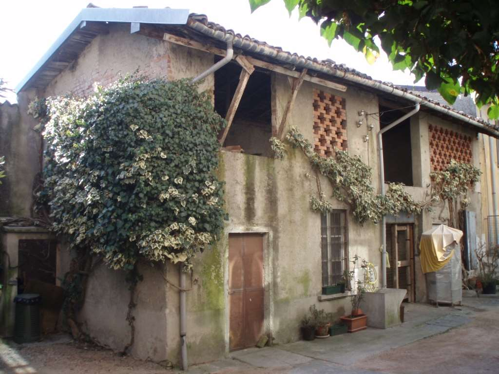 Rustico / Casale in vendita a Luvinate, 4 locali, prezzo € 35.000 | Cambio Casa.it