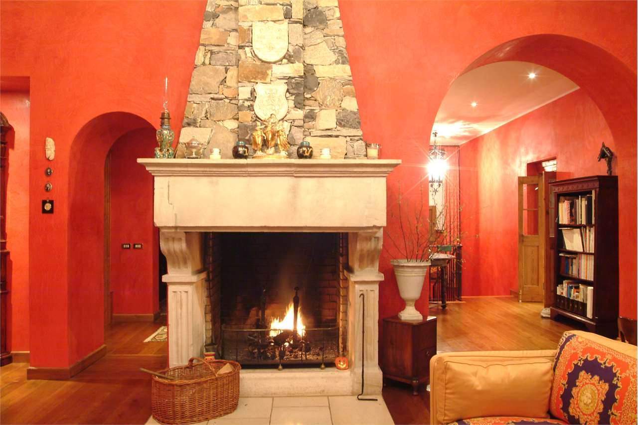 Villa in vendita a Varese, 11 locali, Trattative riservate | Cambio Casa.it