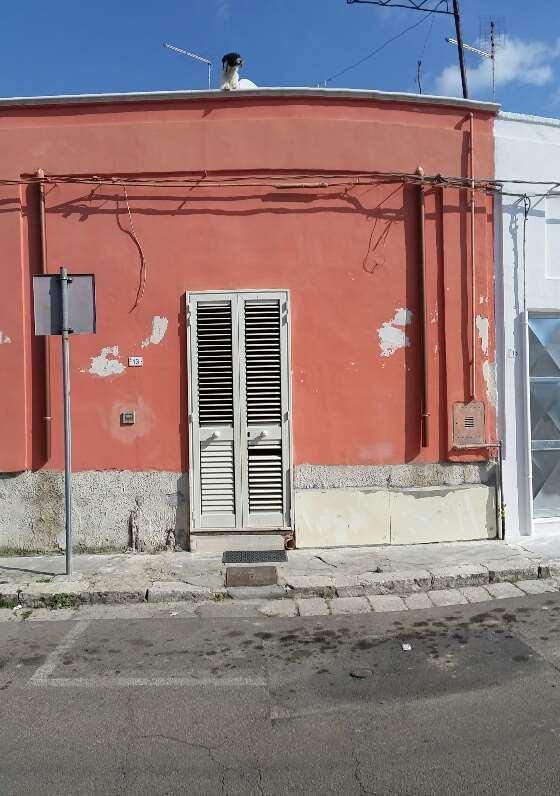 Soluzione Indipendente in vendita a San Donaci, 2 locali, prezzo € 50.000 | CambioCasa.it