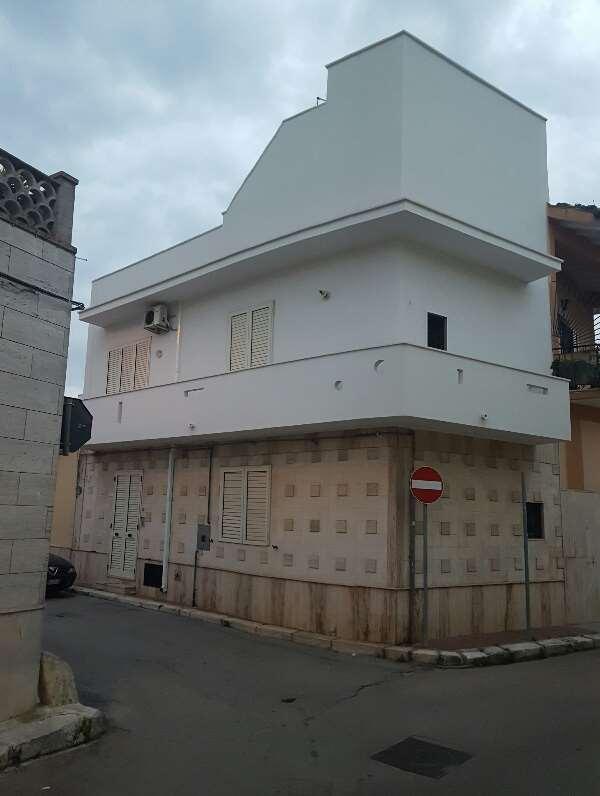 Soluzione Indipendente in vendita a San Donaci, 3 locali, prezzo € 80.000 | CambioCasa.it