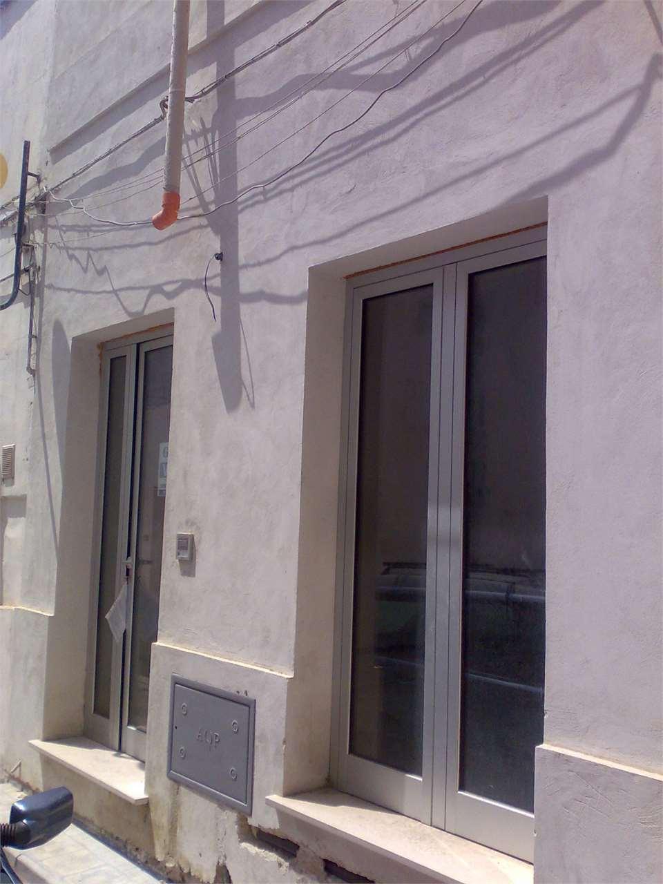 Soluzione Indipendente in vendita a San Donaci, 2 locali, prezzo € 35.000 | Cambio Casa.it
