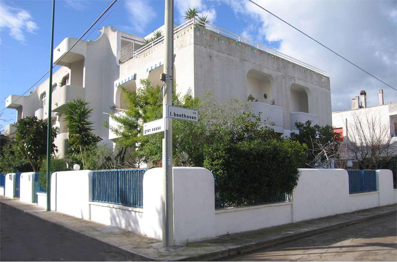 Villa a Schiera in Vendita a Porto Cesareo