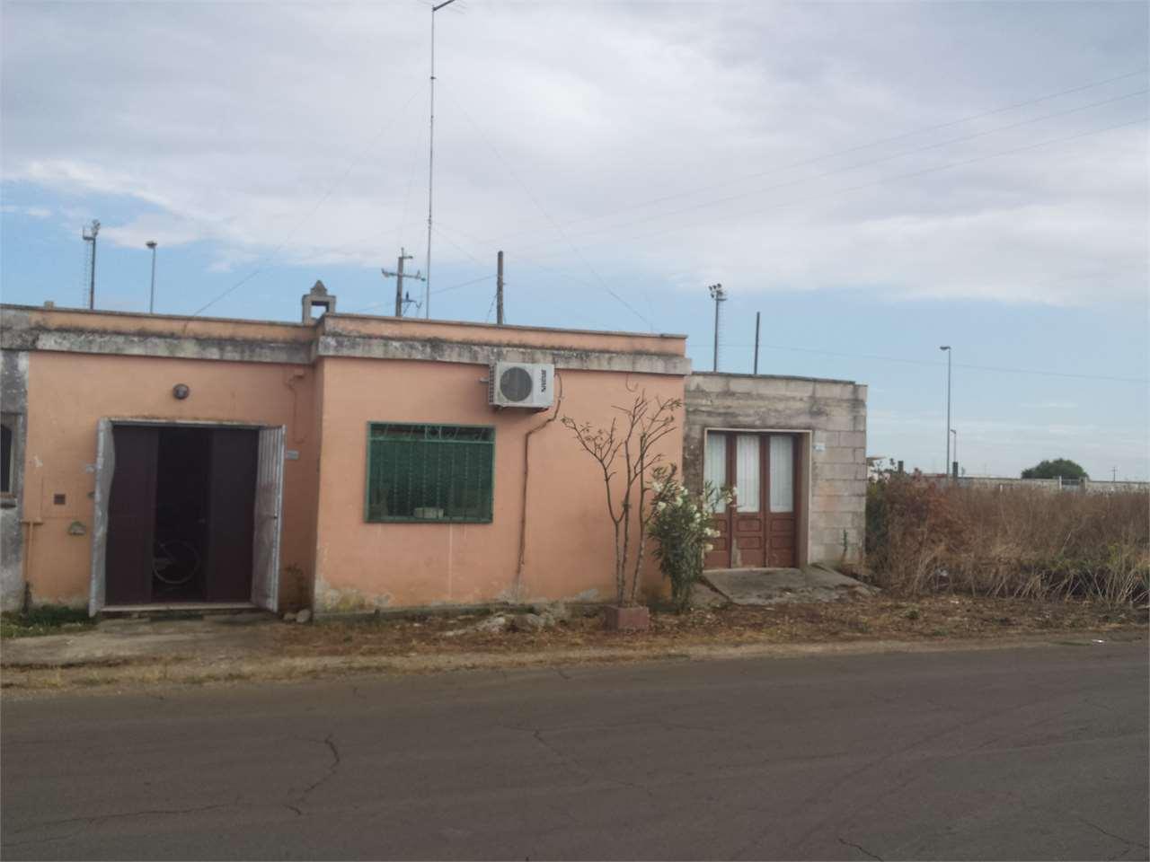 Soluzione Indipendente in vendita a San Donaci, 2 locali, prezzo € 37.000 | Cambio Casa.it
